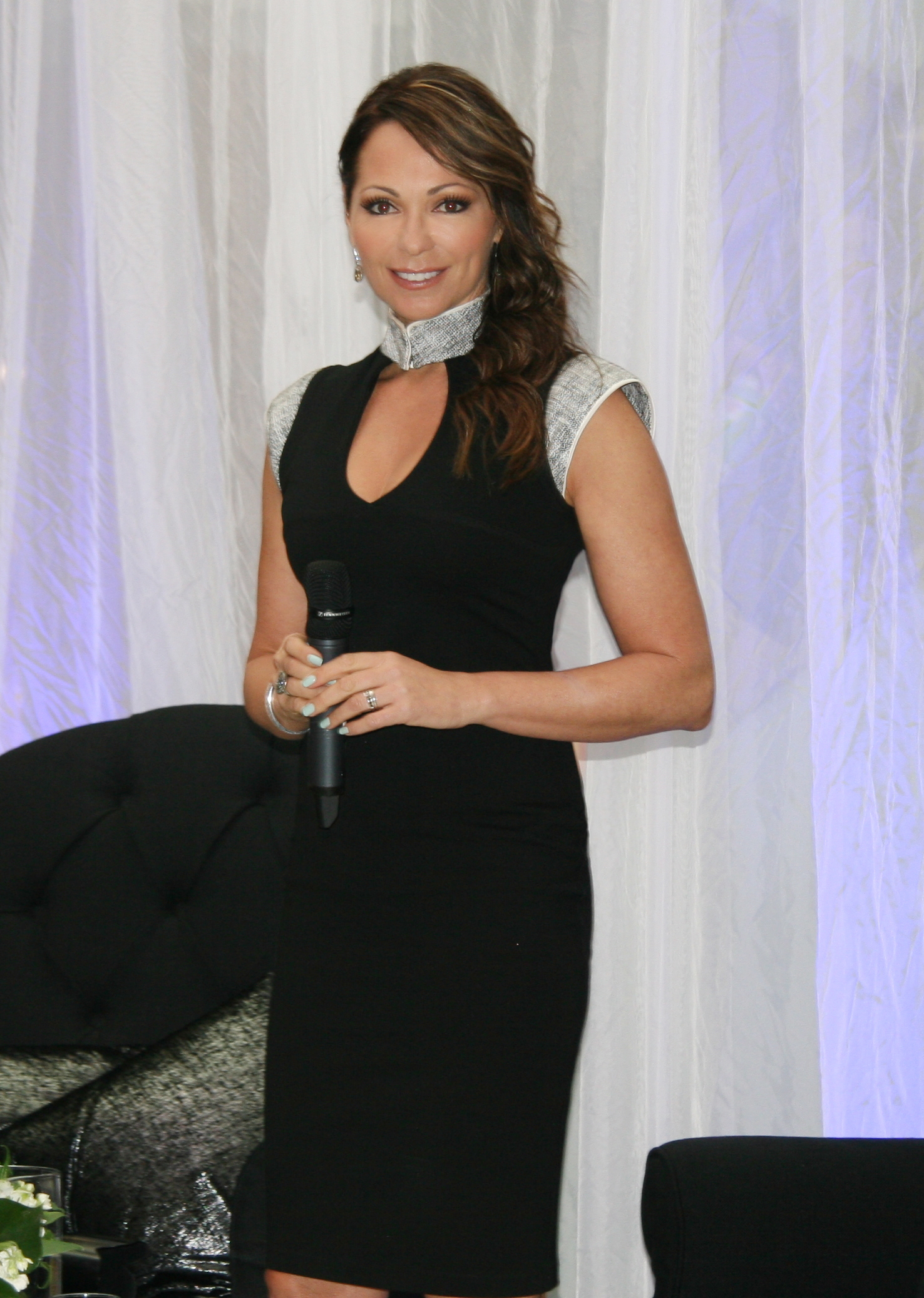 Tania Zaetta - Celebrity Mc Host Speaker