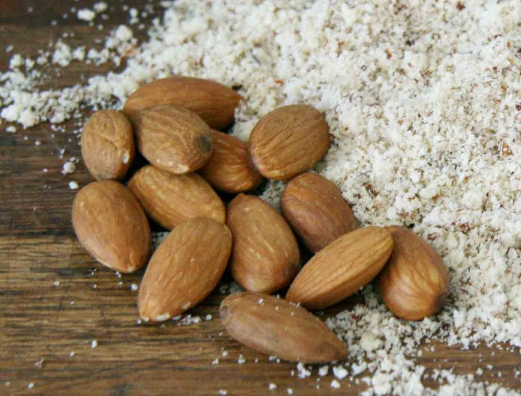 Tania Zaetta -  Online Pilates Program - Almonds & Almond Meal sml